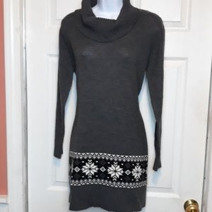 AB Studio Sweater